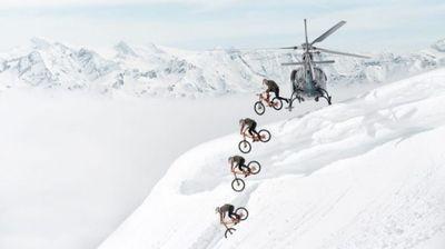 Возење велосипед по снег