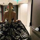 Холивудска убавица од Балканот: Мажите воздивнуваат по Јелена, жените по нејзиниот фустан (ФОТО)
