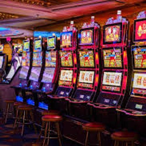 Нов скандал: Државната лотарија потрошила не 6,5 туку скоро 14 милиони евра за машини за коцкање!