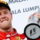 Фетел: Кога од Ферари ми кажаа дека нема да го продолжат договорот со мене, веднаш го повикав Хелмут Марко