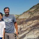 ФОТО: Дете пронајде редок скелет на диносаурус во Канада