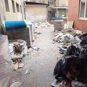 Ужасна слика во Клиничкиот центар- додека Филипче ги убедува граѓаните да бидат спокојни, тие му порачаа: Тука е заразата!