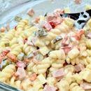 Јогурт салата: Сочна и кремаста, а се прави многу лесно