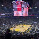 Следната сезона во НБА ќе се игра пред полни сали?