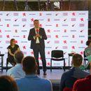 """Мицкоски: Со концептот """"Македонија за сите луѓе"""" ќе обезбедиме плати од 750 евра за граѓаните"""