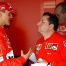 """Поранешниот шеф на Формула 1 за Шумахер: """"Сопругата му го спаси животот, а сега се бори со последиците"""""""