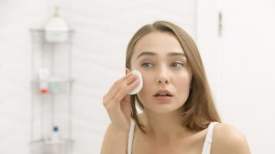 4 alatke za čišćenje lica koje će vam olakšati skincare rutinu