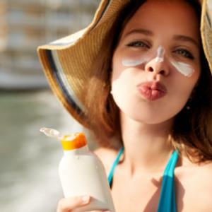 Leto bez fleka: Kako da SPREČITE hiperpigmentacije na koži?