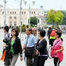 Странските туристи доаѓаат во Скопје, домашните туристи сакаат езеро