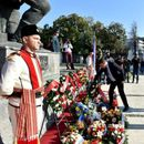 (ФОТО) Град Скопје се обука: Честитаа 1-ти наместо 11-ти Октомври