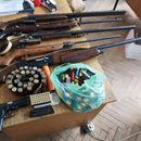 Акција на полицијата: Битолчанец дома криел огромно количество на оружје