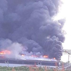 Голем пожар во Градишка: Гори фабрика за мебел