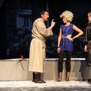 """Драмски театар онлајн: Вечерва од 20 часот претставата """"Грев или шприцер"""""""