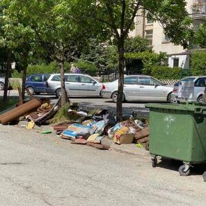 Охрид преплавен со смет и со шут, викендашите си ги исчистија становите