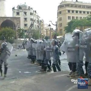 Илјадници граѓани протестираа во Бејрут, полицијата фрли солзавец