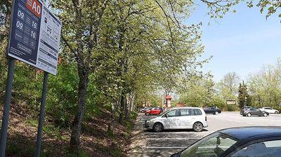 Викендов 636 возила го искористиле паркингот на Водно