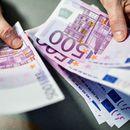 """Компаниите """"загреани"""" за повеќе кредити за да ја надминат кризата"""
