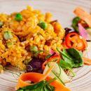 Рижото со кари и зеленчук