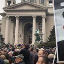 Илјадници Срби бараат оставката од Вучиќ