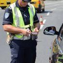 Во Скопје вчера за непрописно паркирање издадени 70 казни, за користење мобилен 41