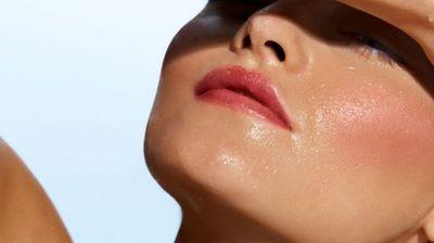 """Како да го спречите """"топењето"""" на шминката на +40 °C?"""