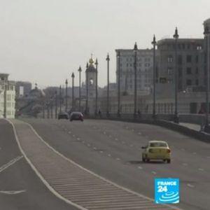 Како изгледа кога Москва ќе запре: Превозот работи, но патници нема, улиците се пусти (ВИДЕО)