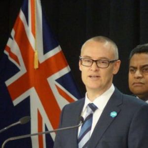 """""""ЈАС СУМ ИДИОТ"""": Министерот за здравство на Нов Зеланд поднесе оставка по серија грешки за време на пандемијата"""
