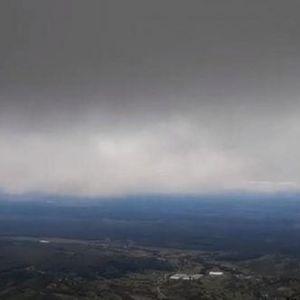 НЕВРЕМЕ ВО ХРВАТСКА: На Јадранот дува силен ветер, бурата во Сплит носеше се пред себе, на повисоките места можен и снег
