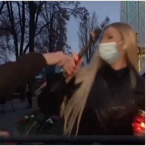 Маскиран маж нападнал новинарка за време на пренос во живо