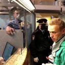 Бајден: Русија веднаш да го ослободи Навални