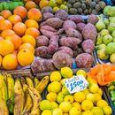 Кое овошје помага во превенција на мозочен и срцев удар?