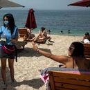 Грција ќе прима туристи коишто се вакцинирани со кинески и руски вакцини