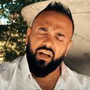 Естрадата се простува: Почина музичарот Денис Демиров