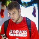 Везенков и Олимпиакос ядоха бой от Реал в Евролигата