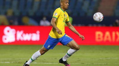 Бразилски национал подписа дългосрочен договор с Ливърпул