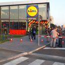 """Кавги и турканици во """"Лидл"""" во Србија поради ниските цени на пилешкото месо"""