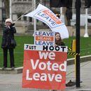 Три милиони Британци сe за останување во ЕУ