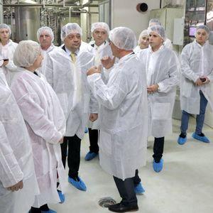 Анѓушев и Николовски: Со европски средства и владина поддршка обезбедуваме развој на преработувачката индустрија
