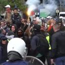 """Насилство на протестот на """"жолтите елеци"""" во Брисел, полицијата употреби солзавец"""