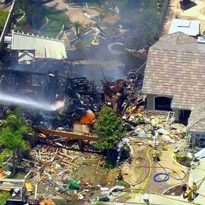 Во Калифорнија експлодира куќа, има и жртви
