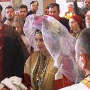 (Видео) Огнен и Марина ја крунисаа љубовта на 46-тата Галичка свадба