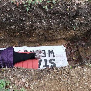 Медитирање во гроб, нова метода за релаксирање на студентите