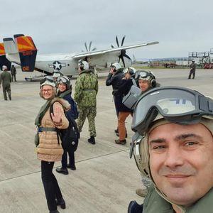 """Заев, Шекеринска и Џафери на носачот на авиони ,,Хари Труман"""" се сретнаа со адмирал Џејмс Фого"""