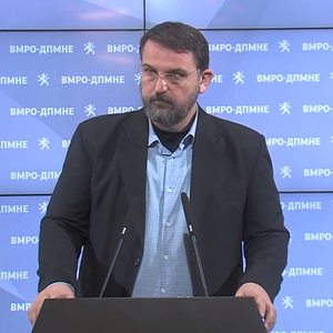 Стоилковски: ВМРО-ДПМНЕ бараше функционален закон за јазиците, а Заев гледаше да дојде на власт