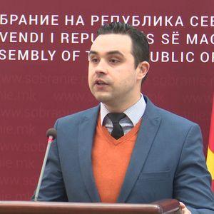 Костадинов: ВМРО-ДПМНЕ со 3.000 амандмани го блокира предлог-законот за отпис на камати