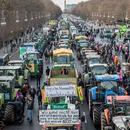 """Германските земјоделци со трактори го """"окупираа"""" Берлин"""