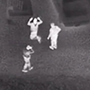 Американски пилот заслепен со ласер при слетување, осомничениот е уапсен