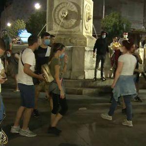 """Нападната екипата на """"Ал Џезира"""" во Белград: """"Што снимаш ти, мајмуне?"""