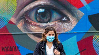 Стотици луѓе починале од лажни информации за коронавирусот