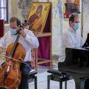 Грчките уметници Гримпас и Лазаридис настапија на Охридско лето